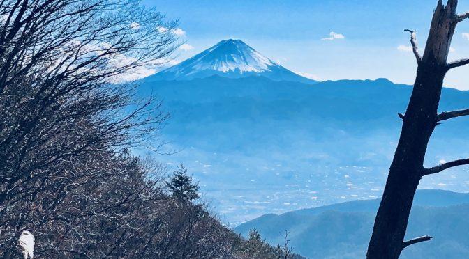 棚山でショート登山、ほったらかし温泉からの超絶好富士山ビュー