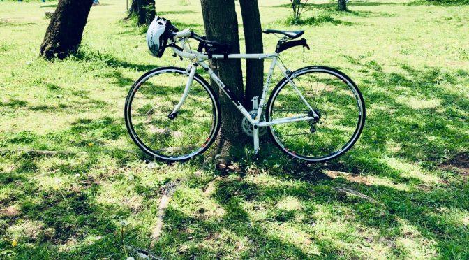 【在宅中】自転車まわりを整備 その2  サイクルロッカー縦置き自転車ハンガーを設置してみた